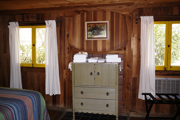 Gold Park Wood Frame Cabin interior