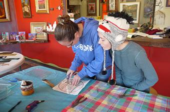 Try a stained glass workshop at the Creative Center & Gallery